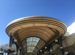 舞浜駅南口アーケード