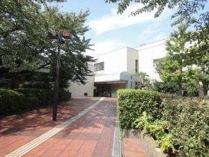 浦安市中央図書館