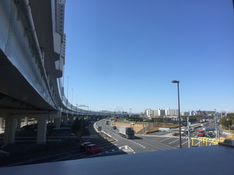 舞浜駅北口歩道橋からの眺望