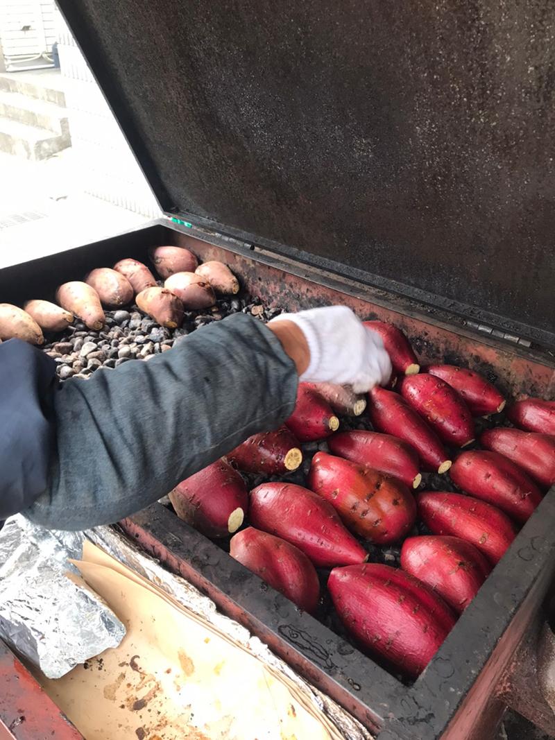 蜜がしたたるほどの甘くて美味し~い「石焼き芋」の移動販売は火曜と ...
